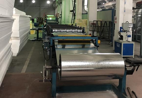 集装箱夹芯板生产线